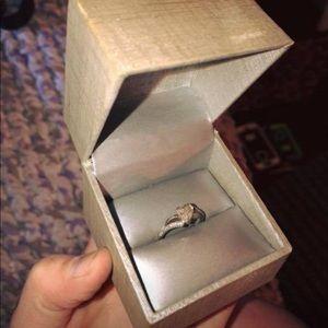 Zales Diamond Chip Ring 💍
